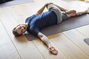 _kurseslider-yoga-maenner_02